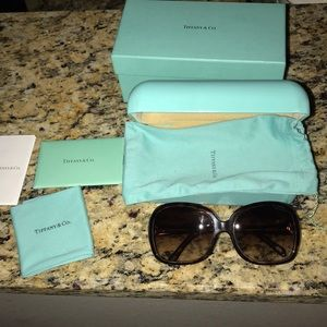 Tiffany & Co Sunglasses LIKE BRAND NEW